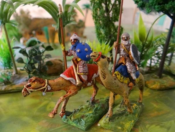 Cavaliers lourds arabes Gripping beast sur dromadaire sans marque !