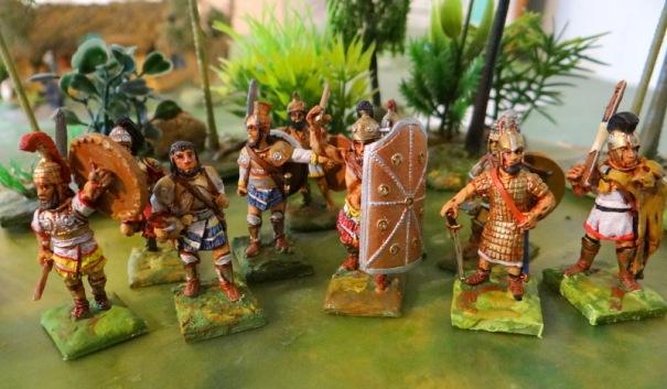 Ajax et son bouclier tour, Ménélas, Agamenon, Paris ... ils sont tous là !