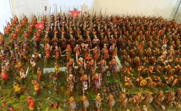 Une partie de mon armée romaine 25 mm principalement des figurines Essex et W Foundry
