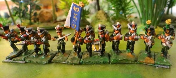 """Un 'vieux bataillon"""" des débuts du club : le bataillon d'Auvergne - figs tabletop (je ne sais pas si la marque existe encore !)"""