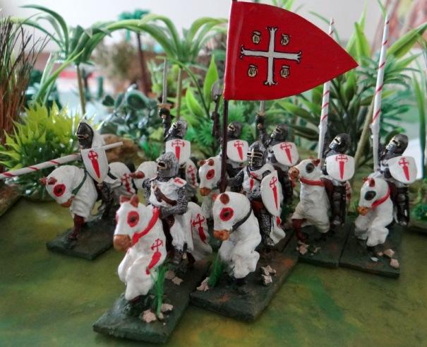 Pour le fun, voilà les chevaliers de Calatrava. Fondée en 1164 en Espagne cet ordre, héritier des templiers, se cantonna à l'Espagne