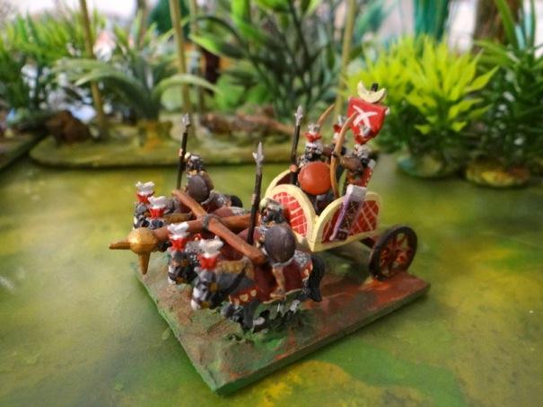 L'allié indien. Un vrai char d'assaut de l'époque avec 4 ou 5 combattants.