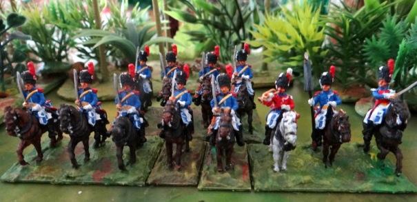 3 escadrons du régiment de carabinier en 1805. Pour eux, j'ai un doute sur les figurines AB qui me paraissent pour partie des dragons d'élite.