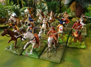 """Les indiens """"Atlantic"""" en plastiques. Des Apaches sur cette photo."""