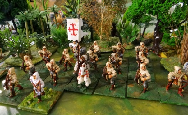 Du CDD qui a du fondement ! la milice de Calatrava parent pauvre de l'ordre de chevalerie crée en 1157 . Ici des demi-frères arbalétriers qui interviendront en Espagne contre les califats arabes mais aussi durant la croisade contre les Albigeois.