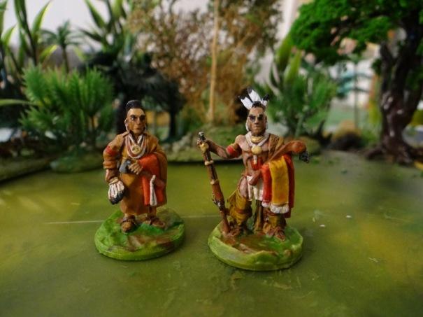 Les figurines warlords sont légèrement plus petites que les autres marques.