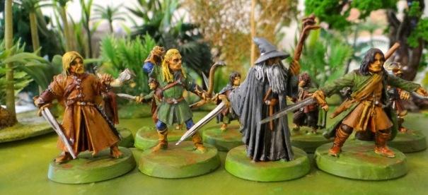Après 15 ans de tiroir prendre l'air ne fait pas de mal ! On devrait reconnaître de gauche à droite Boromir, Legolas, Gandalf et Aragorn