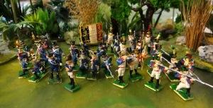 Premiers sortis les ennemis de waterloo : ici les Français que j'avais peint en lignards et en légers