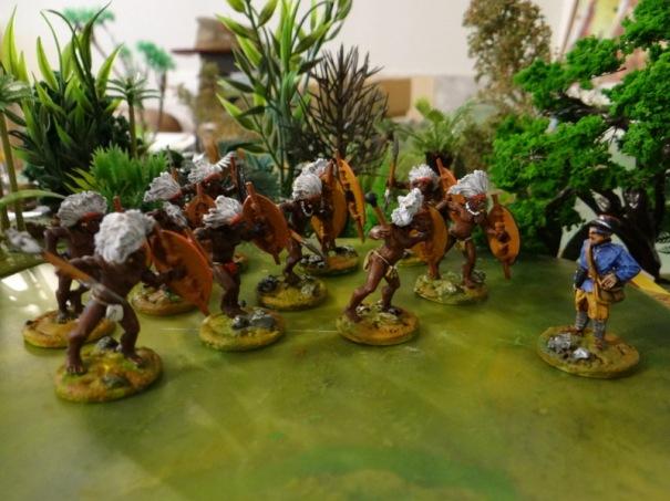 Le lieutenant Etienne de la coloniale essaie de pourparler avec un parti de Watuta. C'est pas gagné !