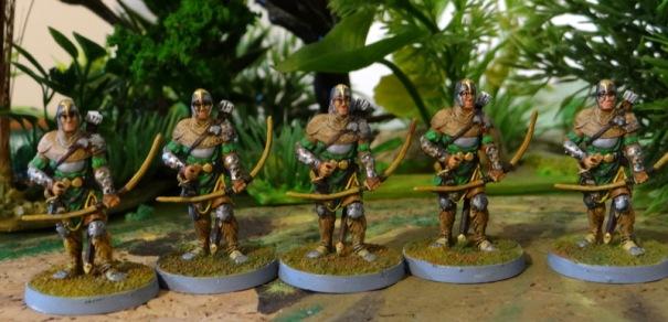 Des archers. Ils n'ont rien de fantastique et pourraient figurer dans une armée médiévale sans dénoter.
